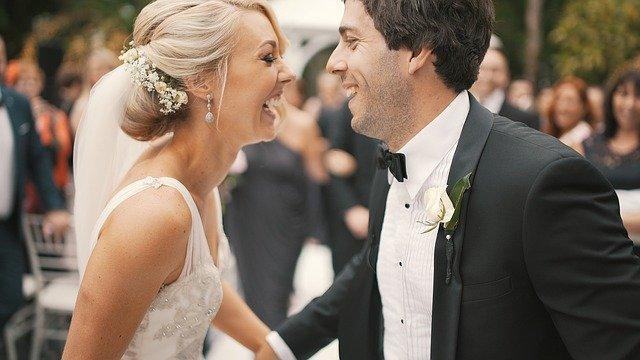kolczyki do sukni ślubnej